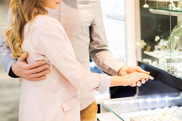 結婚指輪はいつから準備する?